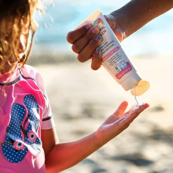 (In Use)-Mineral-Kids-Vanilla-Sunscreen-SPF-30-Suntribe